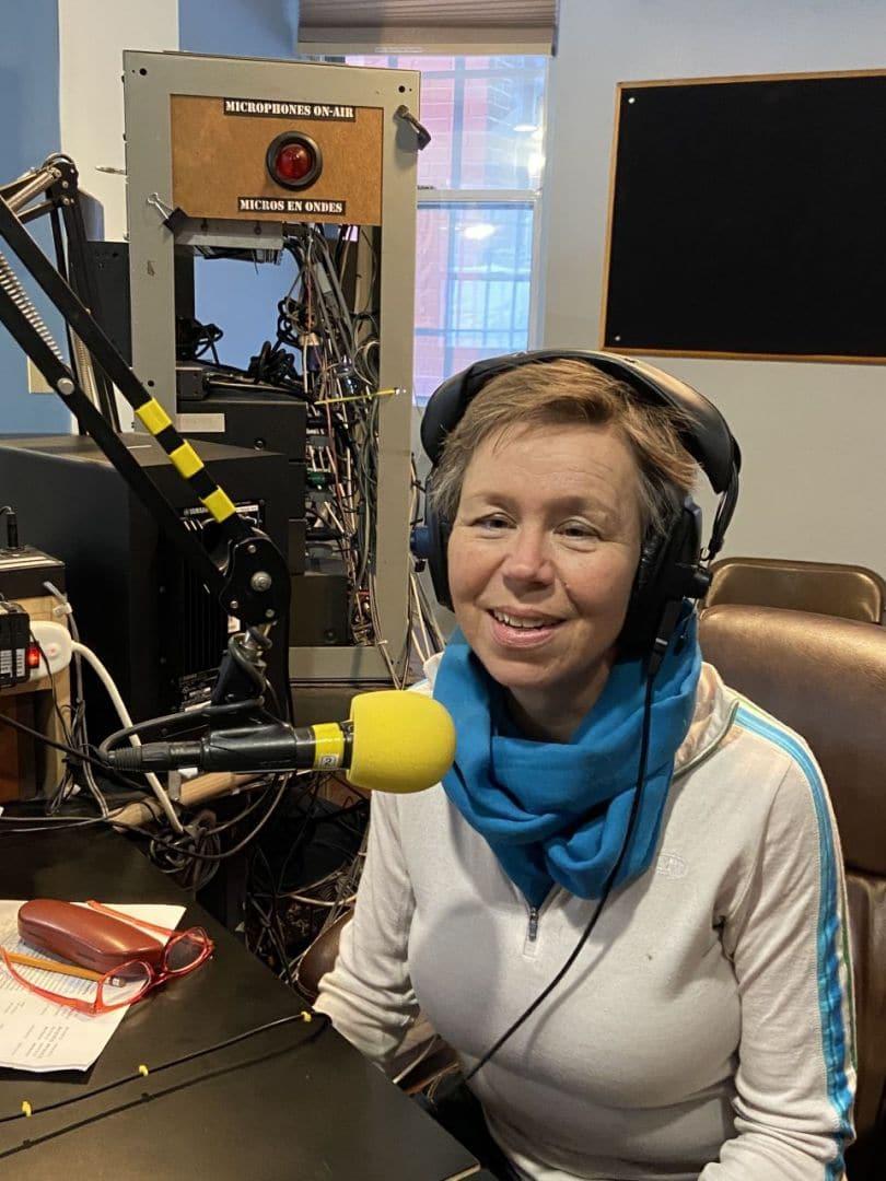 Anja Borck dans le  mic
